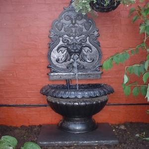 back-garden-roman-water-feature