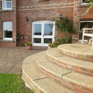 steps-in-back-garden